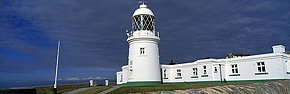 lighthouse at pendeen 2