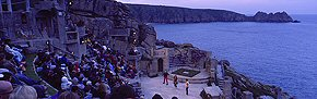 performance at the minack theatre 1