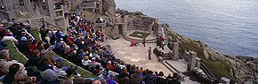 performance at the minack theatre 3