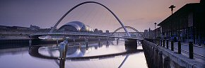 hazy evening, millennium bridge, gateshead