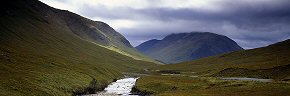 faint light into glen etive