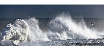 seaham waves card